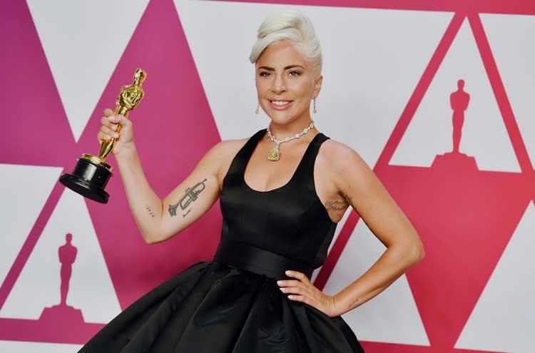 Lady Gaga ลุ้นพุ่งสู่เส้นทางแห่ง Oscar